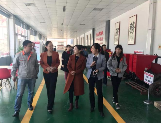 济宁市妇联赴金乡县开展调研活动