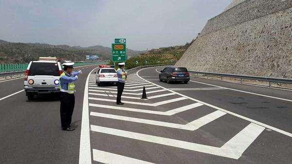 """济宁高速交警发布""""五一""""假期道路交通事故多发易拥堵路段"""