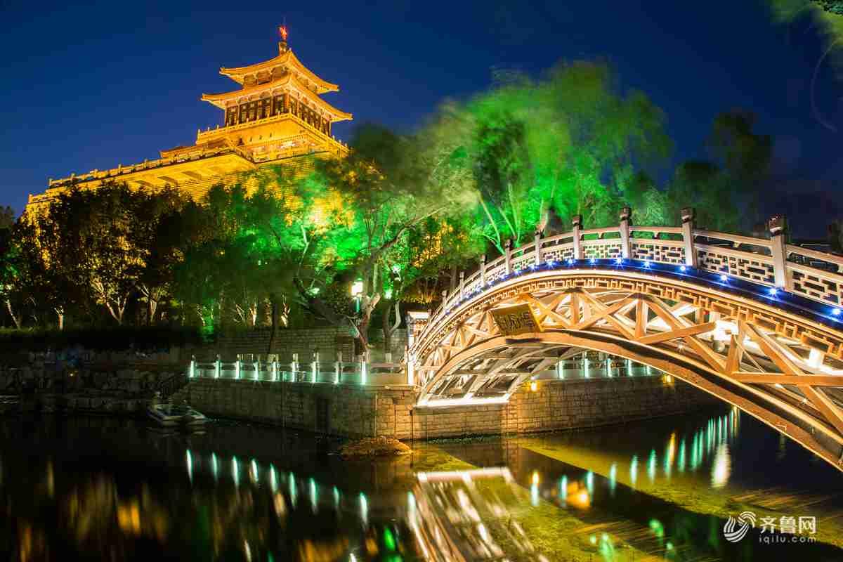 """夜色绚丽 """"五一""""就到济南护城河夜游"""