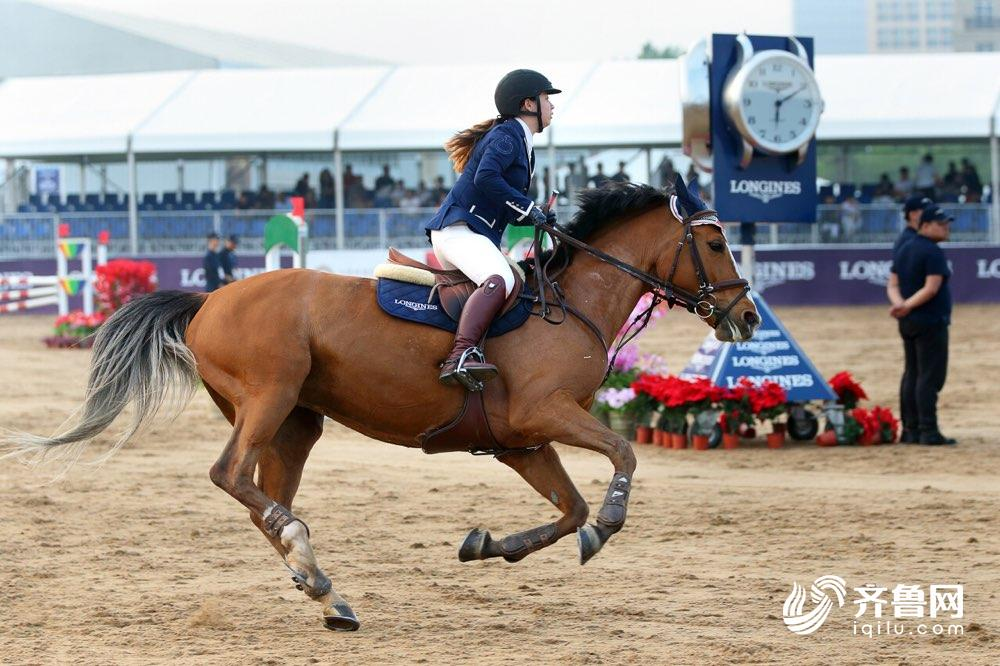 2018马术世界杯天津站 青岛小嫚霸气登顶115cm记分赛
