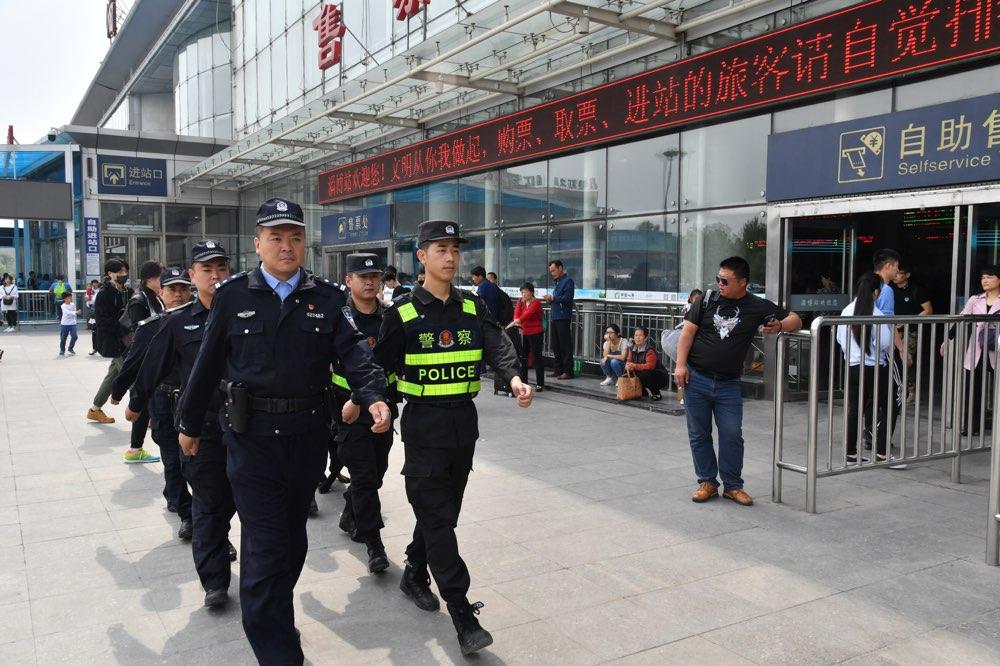 """每日3000警力巡逻 """"五一""""期间淄博社会稳定治安良好"""