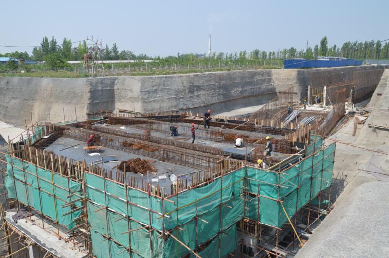 """淄博高铁新城""""五纵五横""""路网建设进入冲刺阶段 10月底全面通行"""