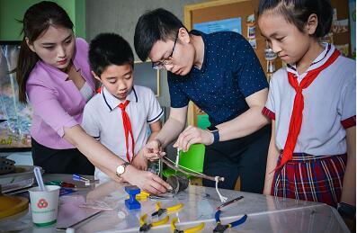 临沂市第二届青少年文创设计大赛优秀作品展开展