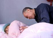 患难夫妻9年不离不弃 潍坊这个平凡家庭的故事感动了全国