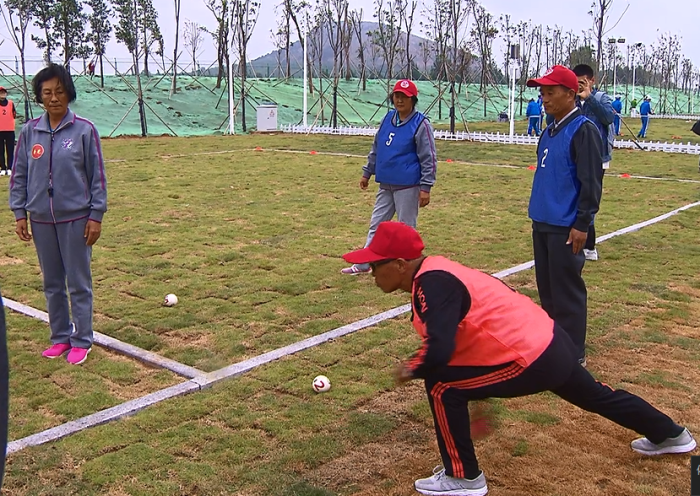 山东首届老干部高智尔球比赛在潍坊举办