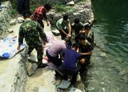 泰安姜家庄村一男子溺水 打捞上岸已无生命体征