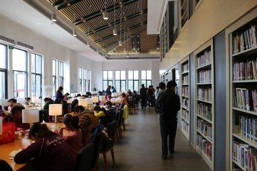 一路阅读一路书香 淄博市图书馆服务宣传周活动启动