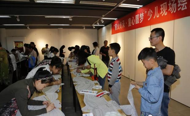 第七届潍坊市少儿书画大赛优秀作品展举行 持续至6月5日