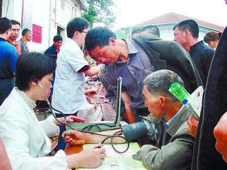山东将表彰奖励优秀基层卫生人才 实施齐鲁基层名医工程