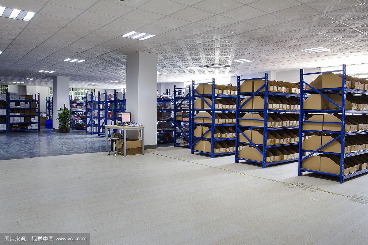 山东首个机器人智能化运作物流仓库落户济南