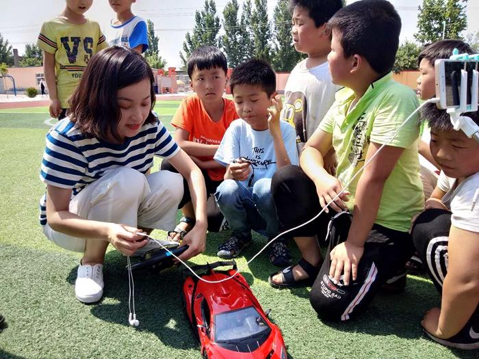 聊城:小小礼物圆梦微心愿 贫困儿童收获最美节日礼物