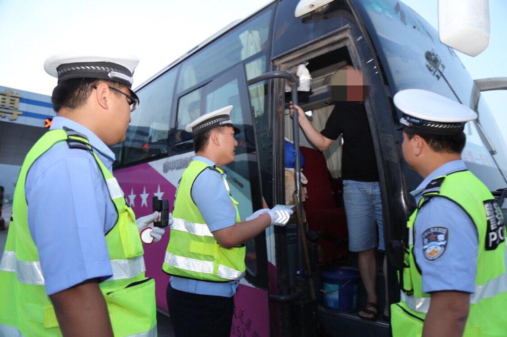 淄博高速交警开展专项整治行动 查处各类违法行为85起