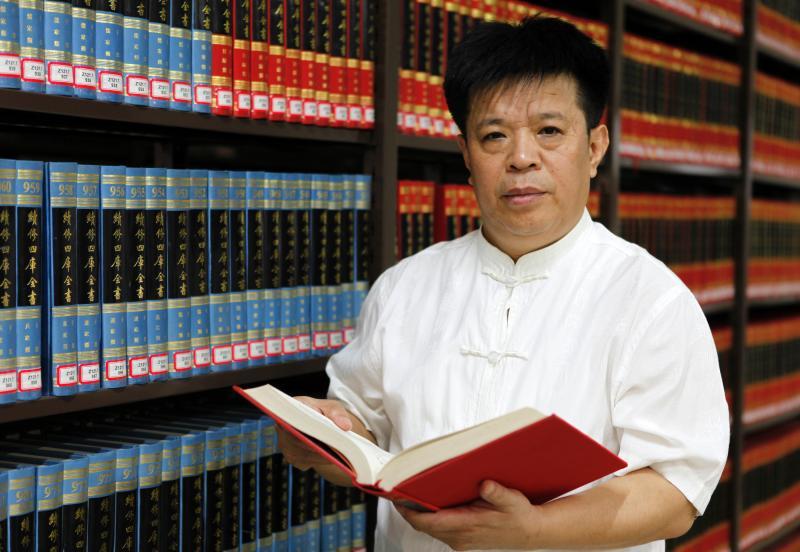 """访孔子研究院院长杨朝明:儒学拥抱世界 时代呼唤""""和合"""""""