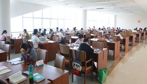 潍坊市图书馆端午不打烊 让广大市民畅游书海尽享阅读快乐