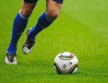 温馨提醒:看球太过激动或诱发疾病 小编教你解锁正确姿势