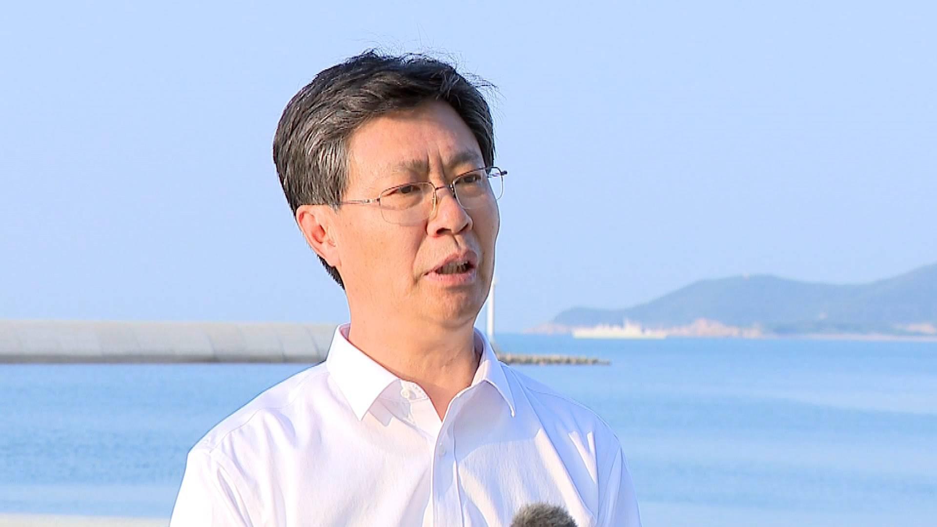 亲切的关怀 巨大的鼓舞|中共威海市委党校副校长曲庚:让事实发声,让历史说话