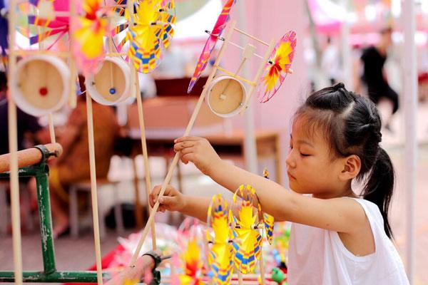 临沂市第四届优秀传统文化进校园暨非遗博览会举行