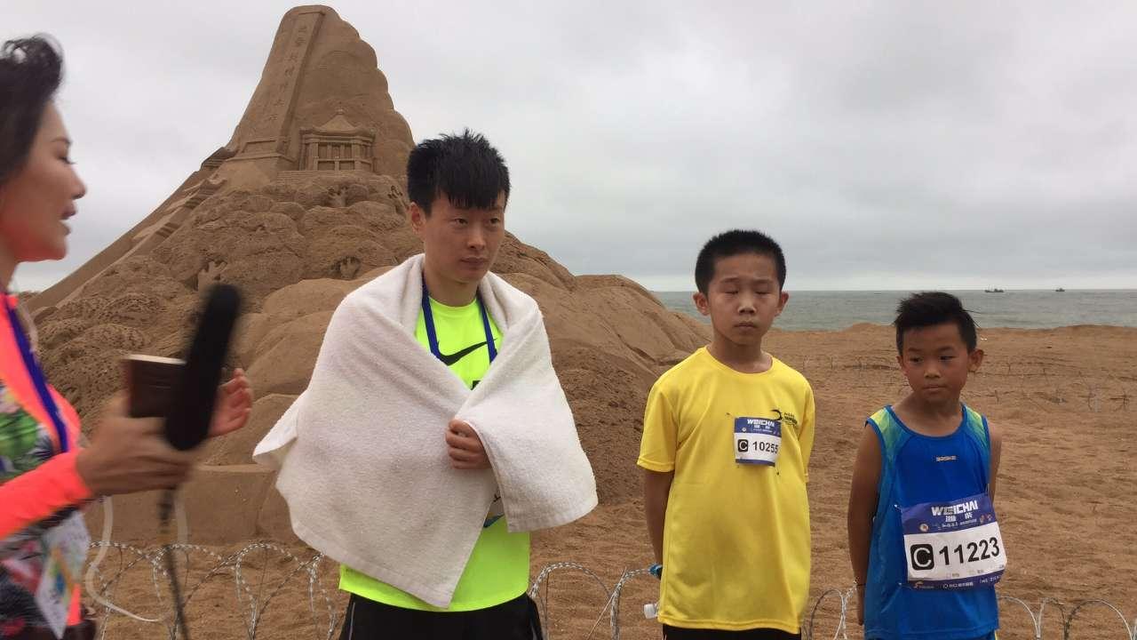 2018海阳马拉松首位冠军诞生!海岸休闲跑吸引3000跑友激情参与