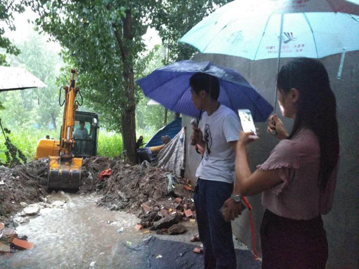 济南:第一书记进村先修路 一改过去雨天一身泥