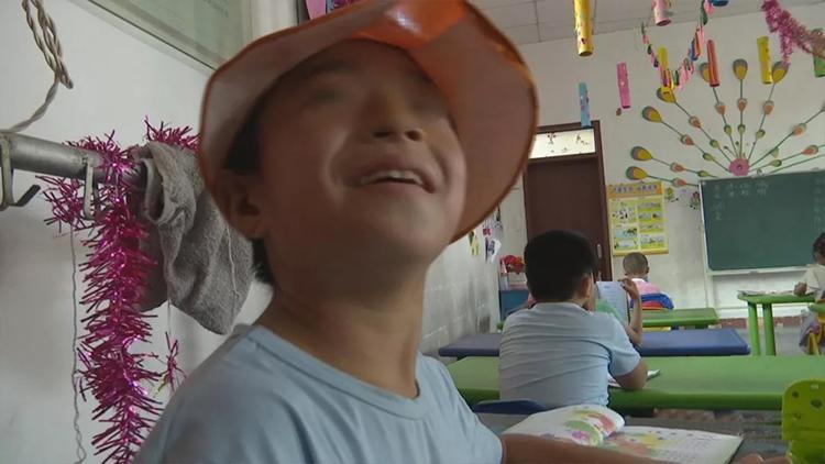 济宁10岁男孩被幼儿园劝退 老师 :为了孩子的明天