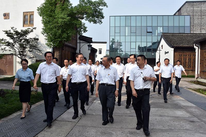 """杭州梦想小镇有啥魔力让山东党政干部""""脑洞大开"""""""