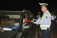 沂水交警开展专项夜查 一个周末查处交通违法623起