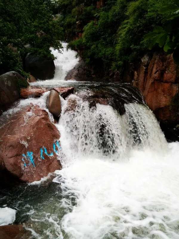 雨后崂山宛如仙境,九水游览区迎来最佳观赏季