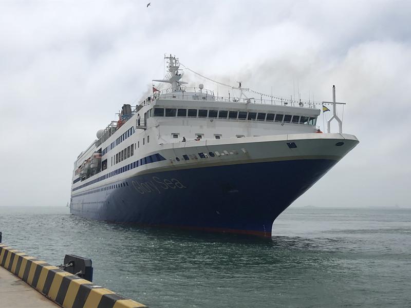 暑期出境热 青岛邮轮母港首次同停三艘邮轮