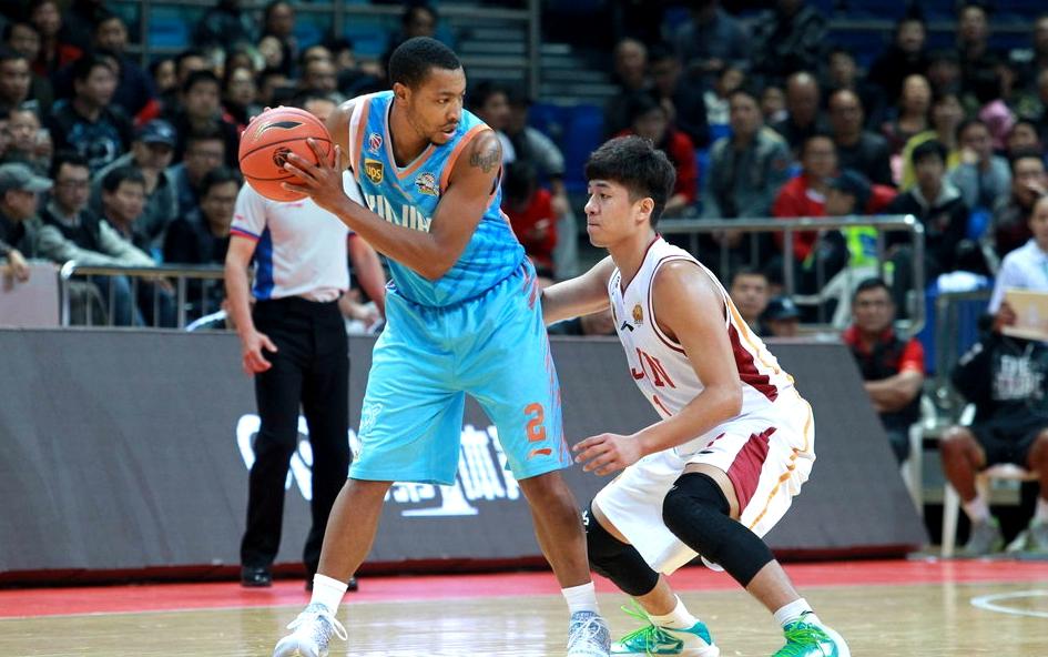 独家:高速男篮确定新赛季双外援 前新疆旧将加盟山东