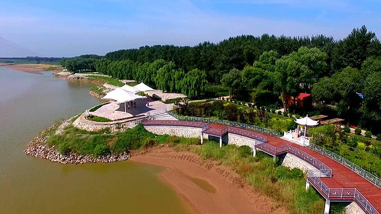 敢领改革风气之先丨修路、绿化…东营实行事权下放创生态绿城