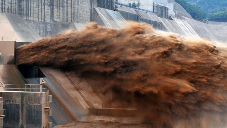 黄河迎入汛来最大洪水 山东段流量每秒超2500立方米