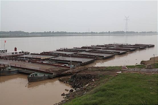 黄河山东段进入退水期 54座浮桥有49座恢复交通