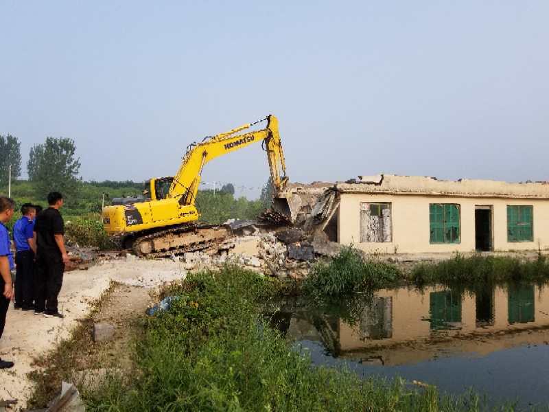 保护水源地 济南南山拆除玉符河沿线8000平违建