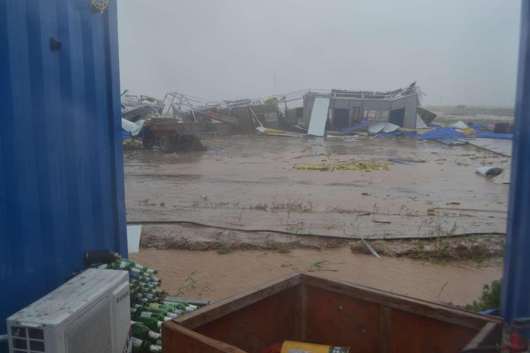 工程船海上遇风暴潮14人被困 东营港区公安机关全力营救
