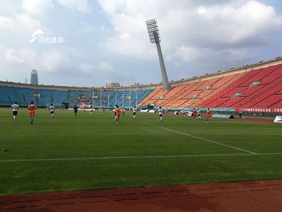 田鑫上演一条龙破门 鲁能预备队1-2不敌河北华夏