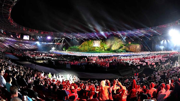 高清:2018雅加达亚运会开幕式 中国代表团入场