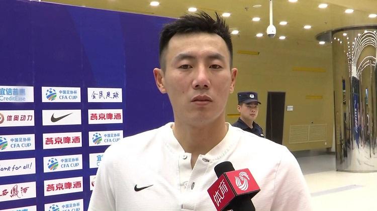 秦升接受《超级赛场》采访:双方发挥都不好 再遇故友不相让