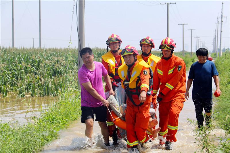 潍坊滨海公安奋战抗击台风抢险救援一线纪实