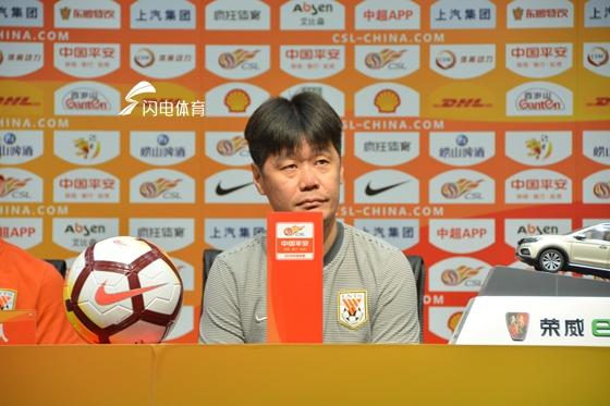 李霄鹏:为明天比赛做了一系列的调整 队员体能已是最佳