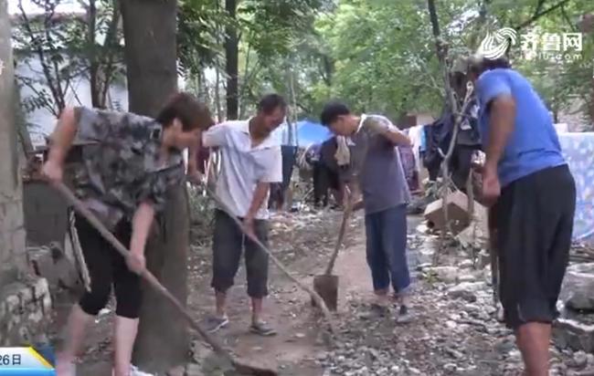 青州:救灾一线 女书记巾帼不让须眉