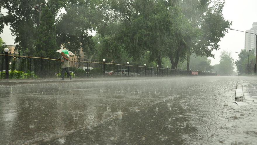 海丽气象吧|受台风低压倒槽影响 枣庄未来三天有雷雨或阵雨