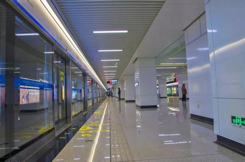 青岛地铁李村站d出入口近期关闭
