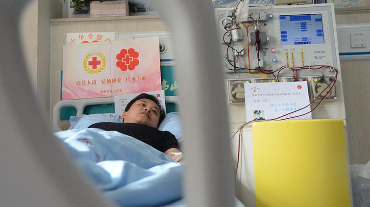 """""""血""""系鲁粤情!济南巡警小伙捐献造血干细胞:救人是必须的"""
