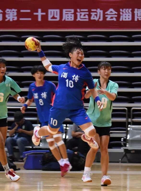 24届省运会淄博女子手球队甲乙组双双夺冠