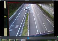 错过高速出口 俩司机冒险倒车被监控拍个正着