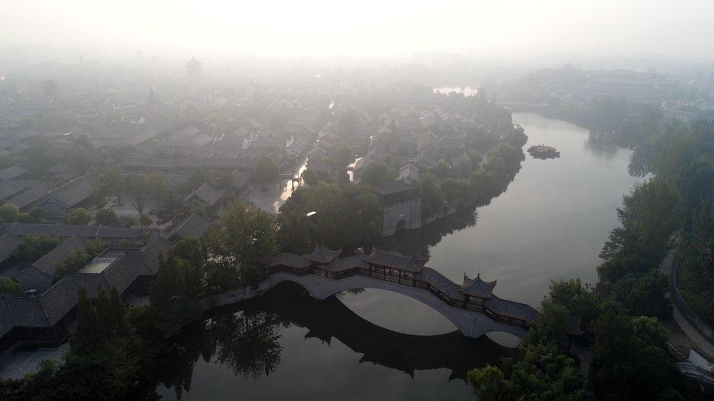 白雾穿城 瞰台儿庄古城水乡风韵