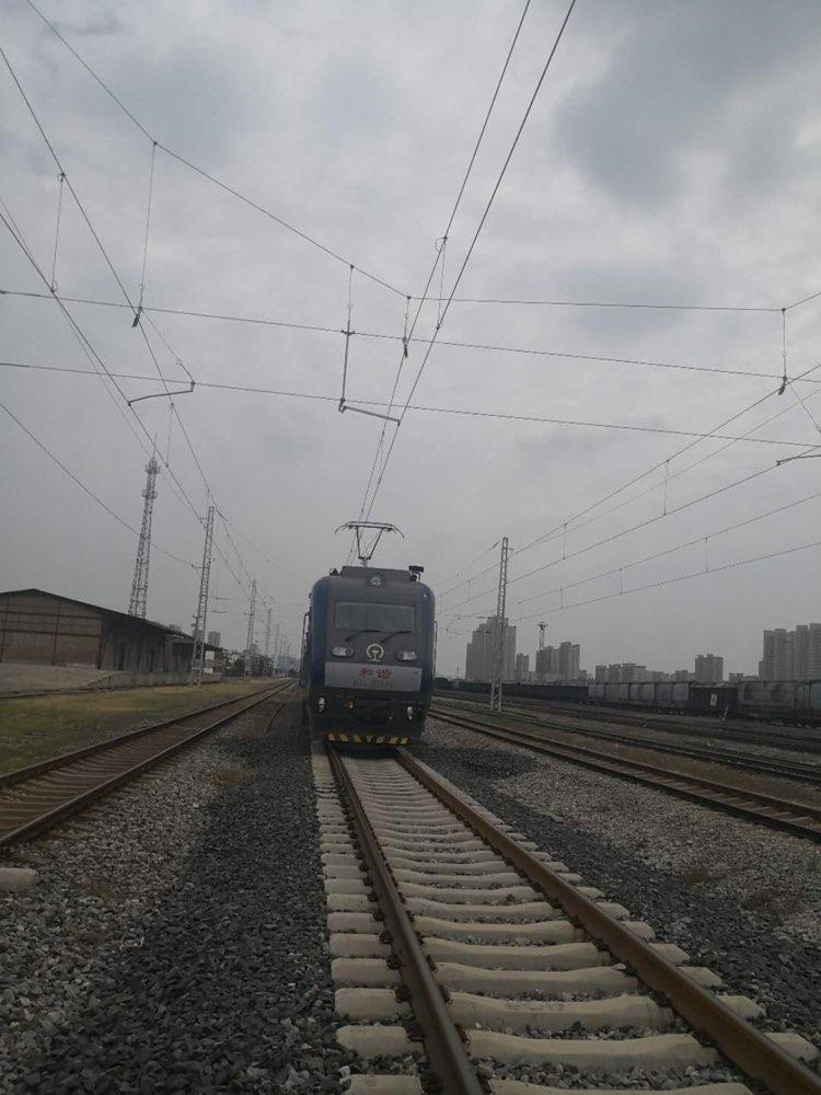 """张东铁路完成""""热滑试验"""" 即将进入电气化时代"""