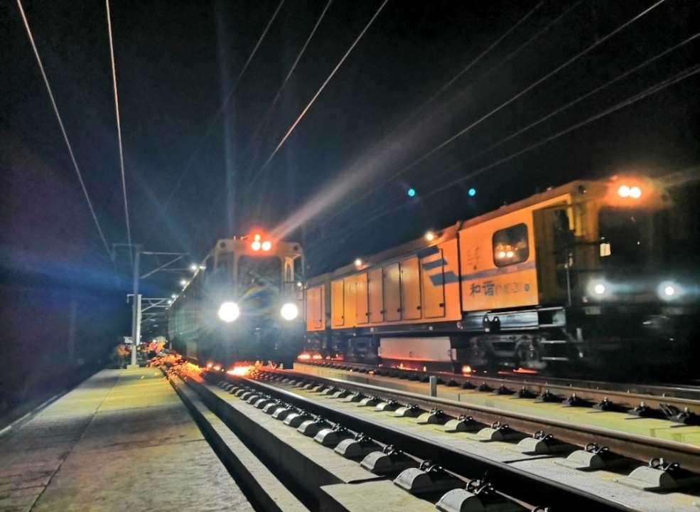 济青高铁开始进行轨道打磨通车进入倒计时