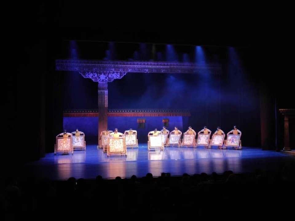 青海大型原创民族舞剧《唐卡》亮相泉城