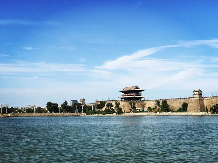 聊城东昌湖沿湖景观提升工程预计11月底全部完工